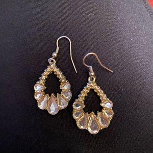 ⚡️Gold tone, faux diamond earrings